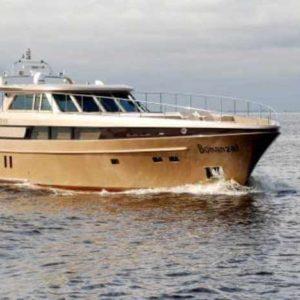 Яхта Победа M23